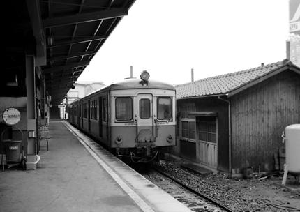関東鉄道・常総線、下館駅