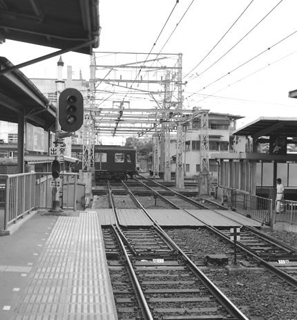 阪急・西宮北口駅平面クロス