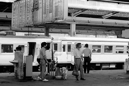 博多駅の島原鉄道DC