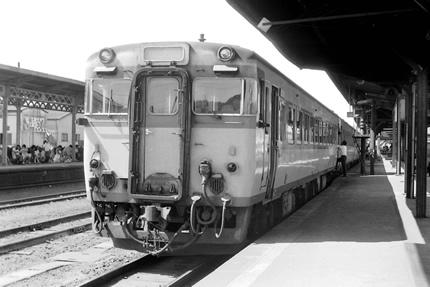 博多駅のキハ58