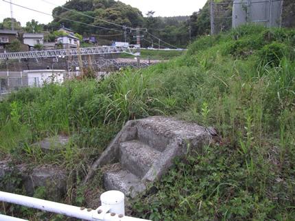 金谷駅の旧東海道のトンネル