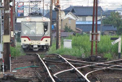 富山地鉄上市駅