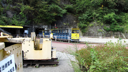 足尾銅山の車両