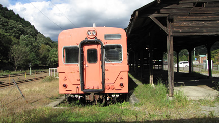 足尾駅のJR車両