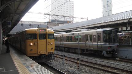 黄色い115系
