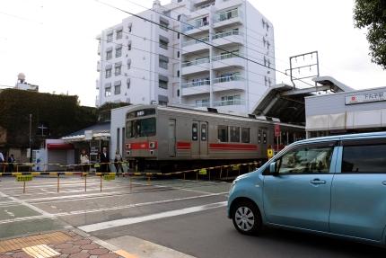 東急多摩川線 新丸子駅