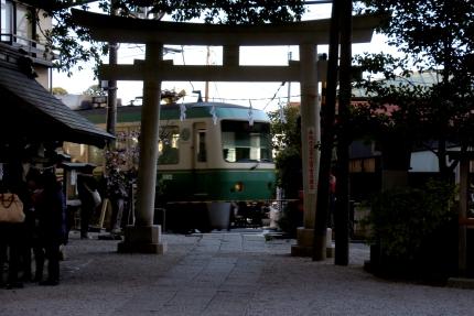 江ノ電 御霊神社