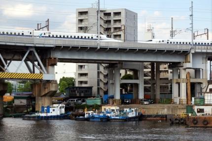 新幹線車庫への線路