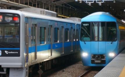 小田急線海老名駅