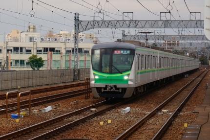 小田急線和泉多摩川駅