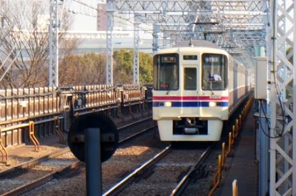 都営地下鉄 東大島駅