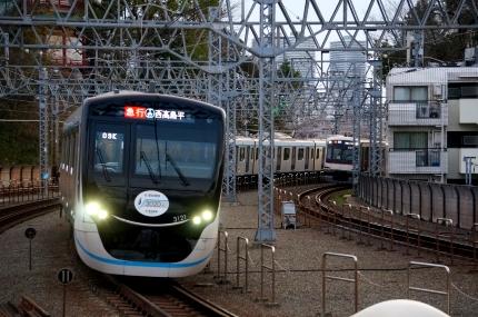 東急目黒線多摩川駅 3020系