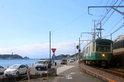 海沿いの江ノ電
