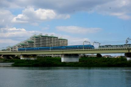 多摩川の小田急