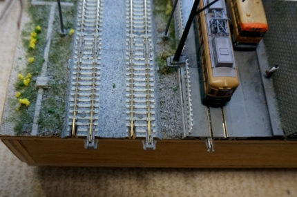 TOMIXの線路をKATOのジョイナーで繋ぐ