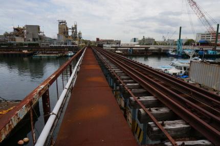 高島貨物線新興支線橋梁