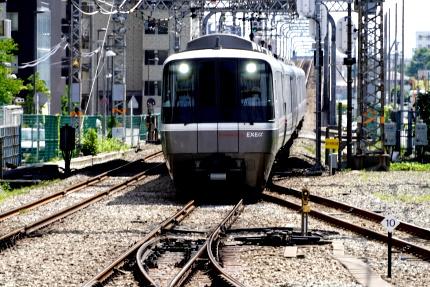 小田急海老名駅