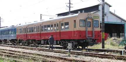 木更津駅キハ30