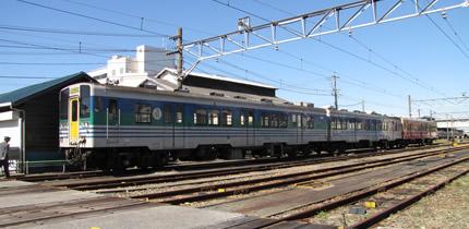 木更津駅キハ38