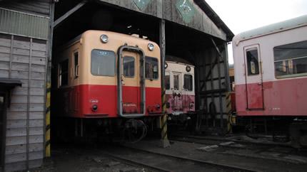 小湊鉄道車庫3