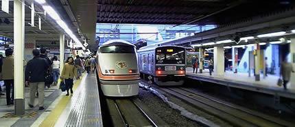 新宿駅のスペーシア